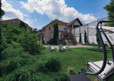 Accommodation in Sighisoara - Garden - Flora Luxury House, Sighisoara